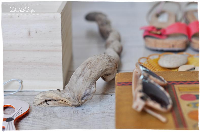compilation objet bois beige maison étagere valisette osier panier thailandais  bois flotté