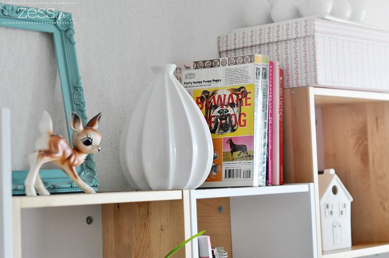 déco étagère salon cube ikea faon vase