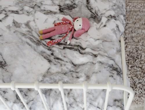 parure de lit marbre h&m tournicote framboise