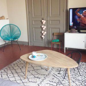 Nouvelle table basse assez haute pour les petites chaises dehellip