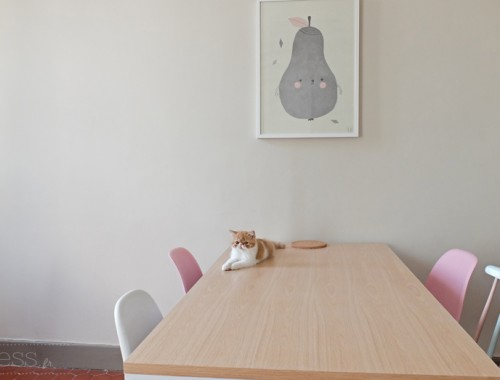 chat table