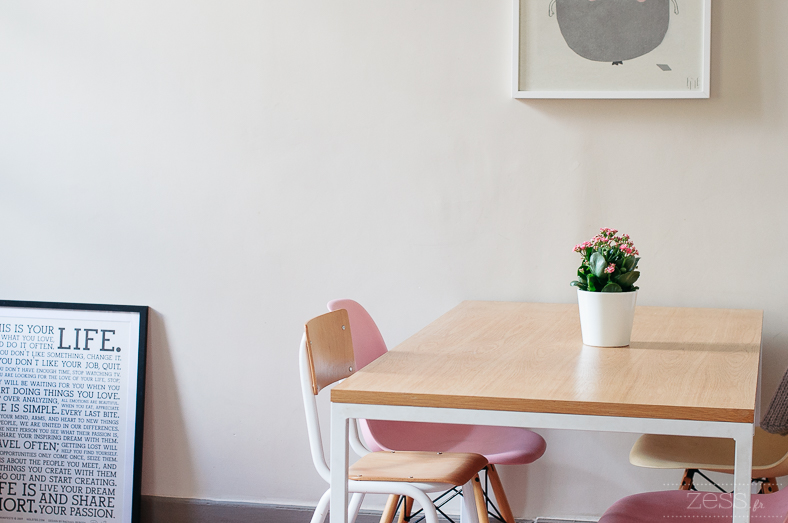 table + eames pink