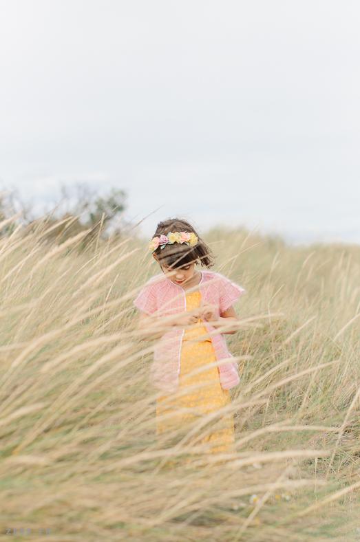 mini dressing au crochet pour enfants editions de saxe
