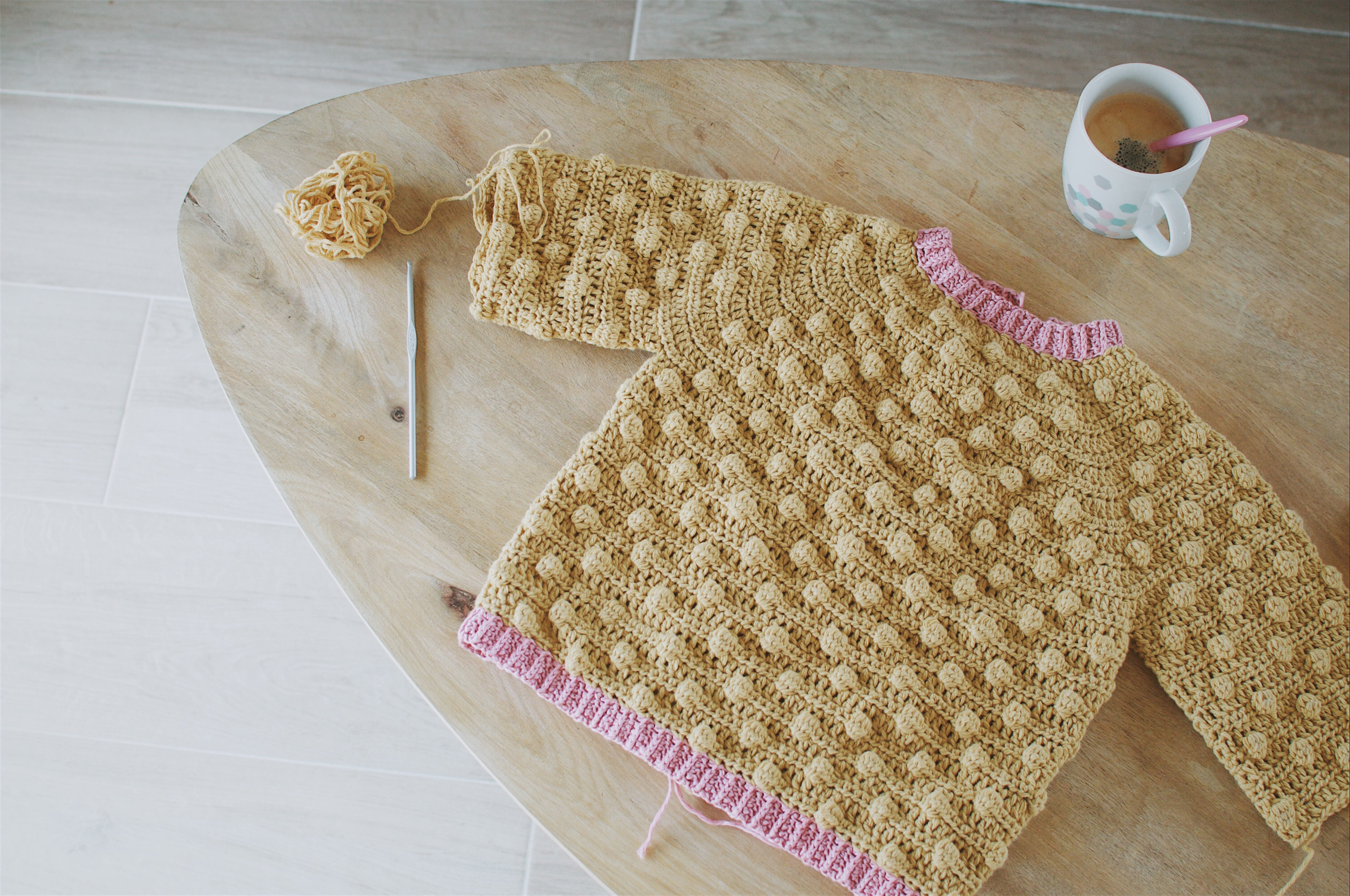 faire un simple gilet en tricot enfant