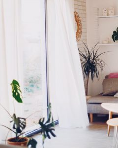 Les rideaux qui volent      vintagehellip