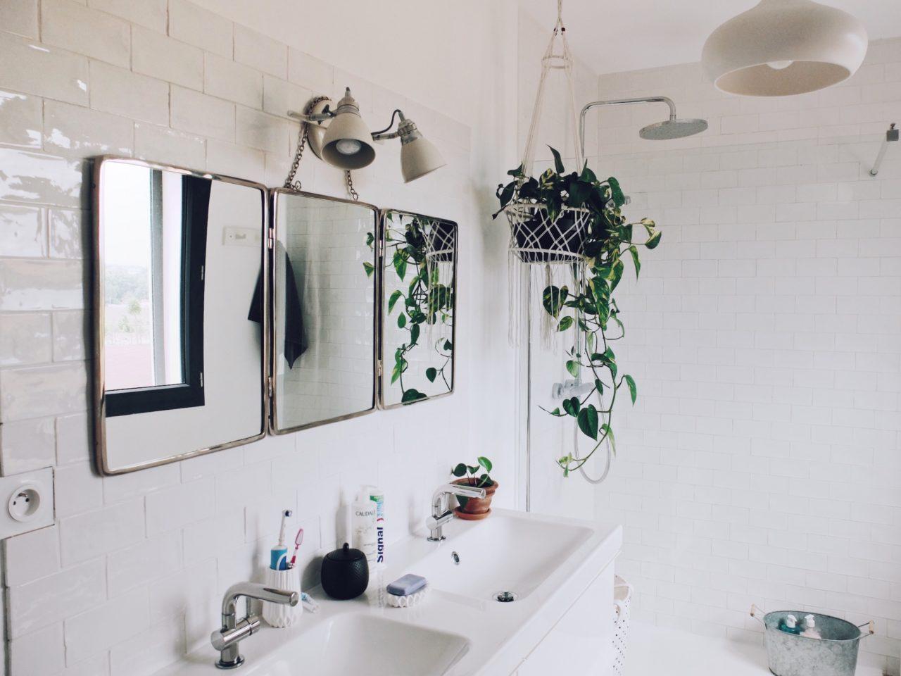 Construction maison : comment on a aménagé la salle de bain - Zess ...