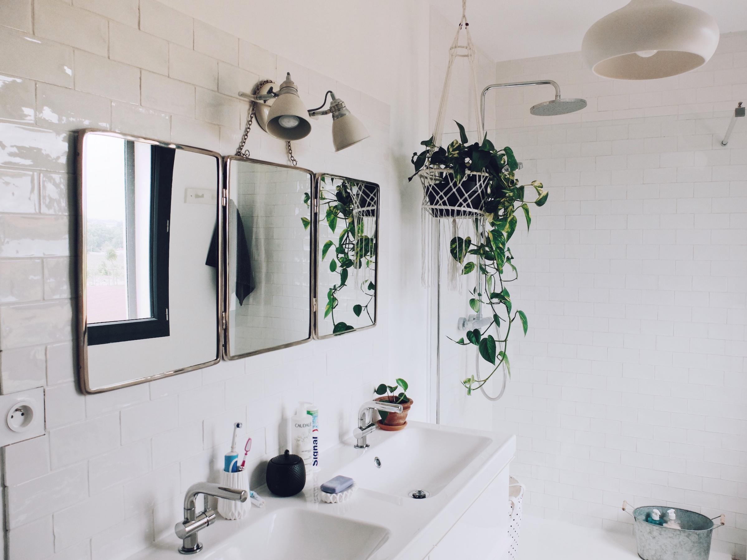 construction maison comment on a am nag la salle de bain lifestyle mode d co. Black Bedroom Furniture Sets. Home Design Ideas