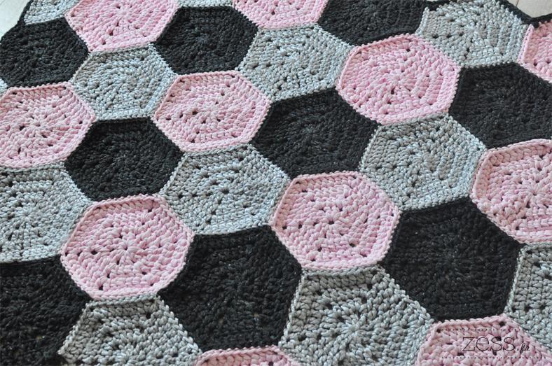 tapis hexagone crochet rug