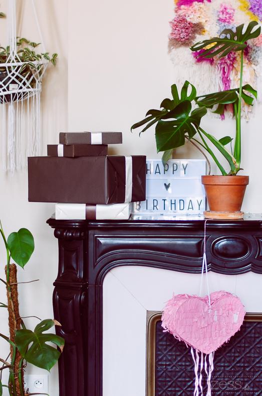 cadeaux pinata lightbox