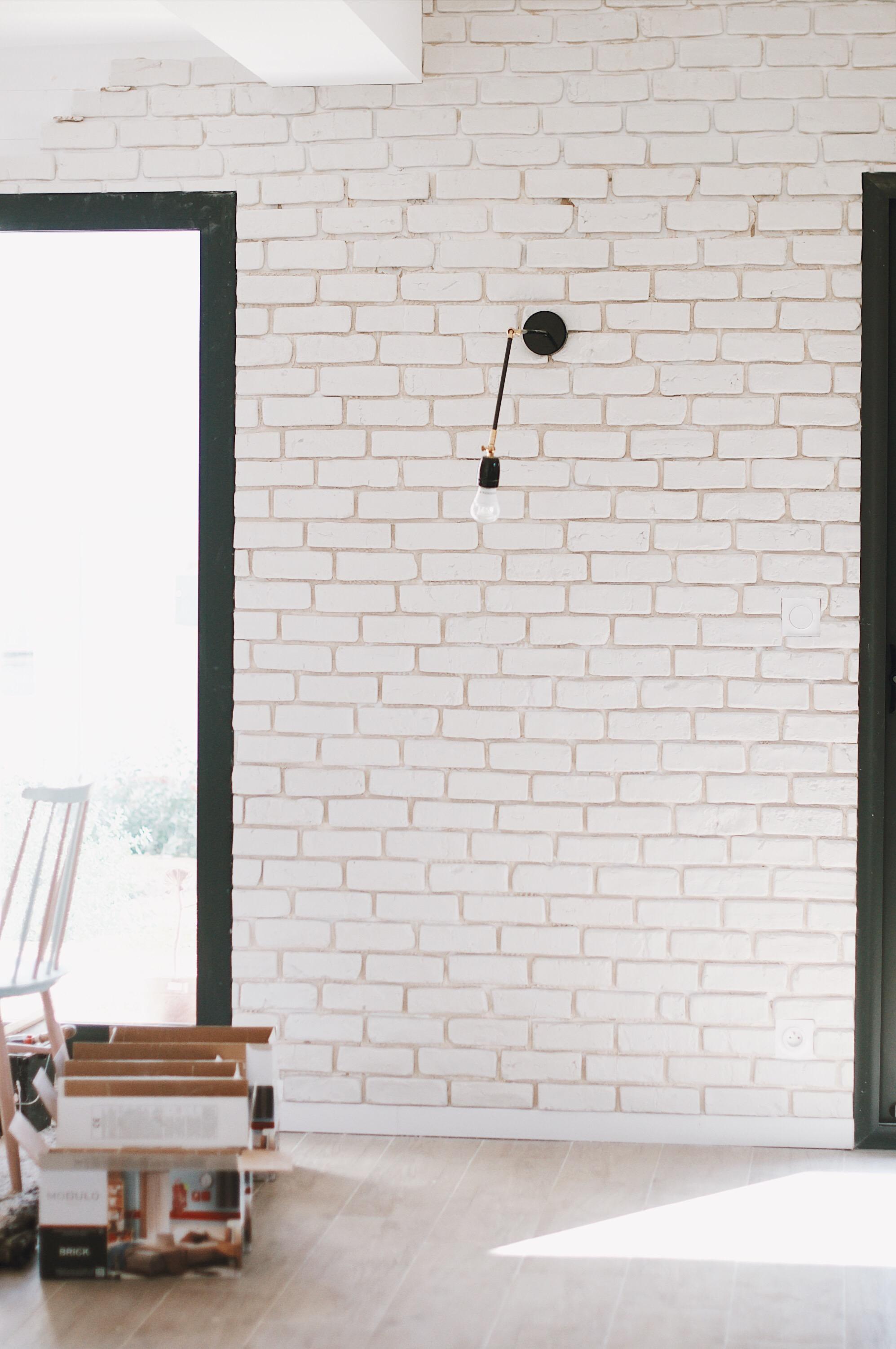 Mur En Parement Salon poser des briques de parement en platre - tuto