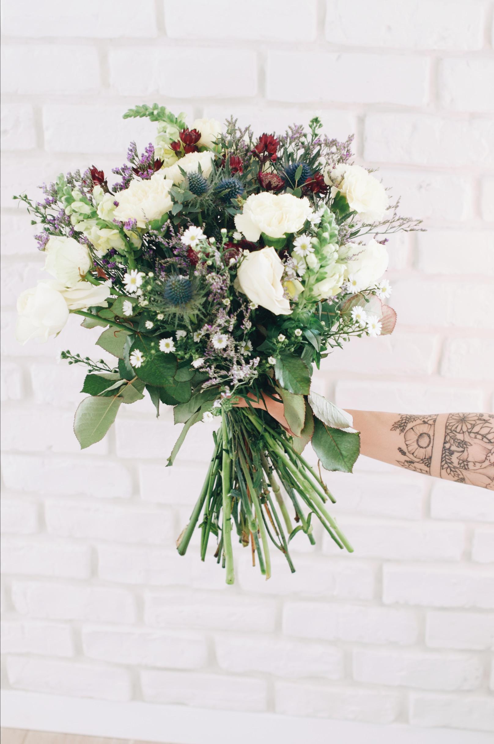 Comment Faire Secher Une Rose Fraiche fleurs tatouées & fleurs fraîches - zess.fr // lifestyle